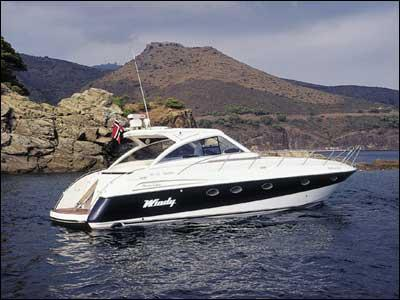 Le Windy 43 Typhon est le yacht idéal pour partir en croisières en famille ...